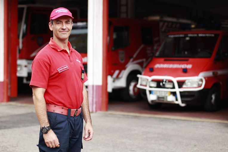 Joaquim Leonardo, comandante dos Bombeiros Voluntários de Algueirão - Mem Martins