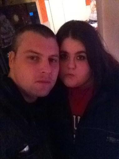 Emily Chance e o namorado
