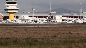Português suspeito de homicídio em França detido no aeroporto de Faro