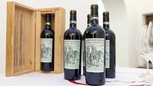 """ASAE apreende garrafas de vinho """"Barca Velha"""" e """"Pêra Manca"""" falsificado"""