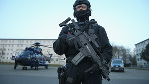 Cooperação militar entre Portugal e Moçambique prevê formação em ações de contra terrorismo