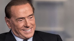Ex-primeiro-ministro italiano Berlusconi testa positivo ao coronavírus