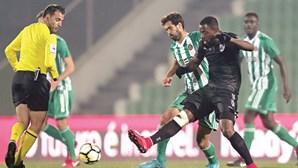 Héldon espalha classe e dá vitória ao Guimarães