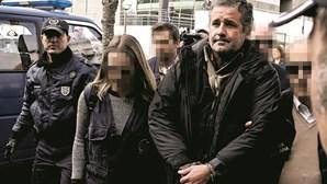 Pedro Dias usa crucifixo em tribunal