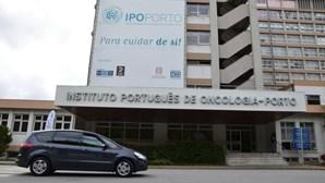 Grupo de 21 enfermeiros avança com ação em tribunal contra o IPO do Porto