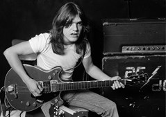 A foto partilhada pelos AC/DC para dar conta da morte de Malcolm Young