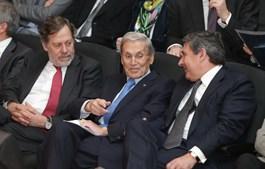 Belmiro de Azevedo em 2014, no Prémio Caixa Empreender com José Matos da CGD e Paulo Fernandes, presidente da Cofina