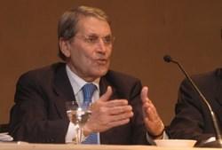 Belmiro de Azevedo em 2006, na altura da OPA da Sonae à PT