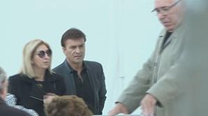 Tony Carreira no Funeral de Belmiro de Azevedo