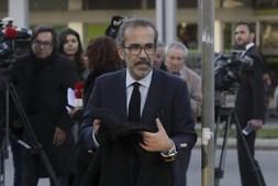 O Euro-deputado Paulo Rangel à chegada para o funeral de Belmiro de Azevedo, na igreja de Cristo Rei, Porto