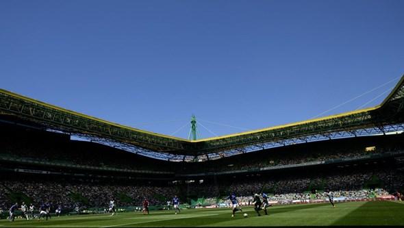 Benfica gasta mais 14,2 milhões de euros do que o campeão Sporting