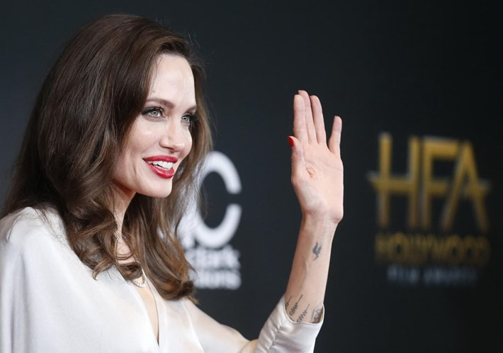 3b767eb583f Angelina Jolie choca com magreza extrema - Famosos - Correio da Manhã