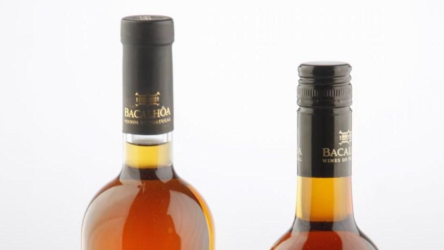 O Moscatel 5 anos revela aromas e sabores intensos de mel e laranja (13 euros). O Moscatel 10 anos já nos dá outras sensações por via do trabalho da madeira de estágio (20 euros)