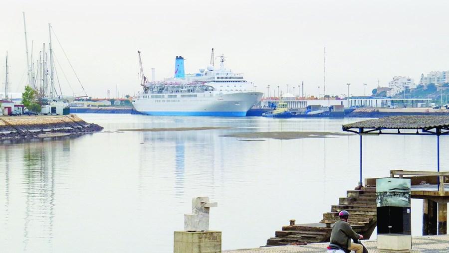Com a obra, a procura do porto de Portimão deverá passar dos atuais 15 mil para 180 mil passageiros anuais em 2030