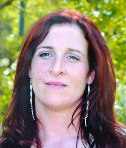 Sandrina Inácio, de 37 anos, foi degolada pelo marido na madrugada de ontem sem hipótese de defesa