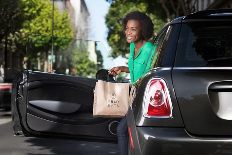 Uber já lhe pode entregar o jantar em casa