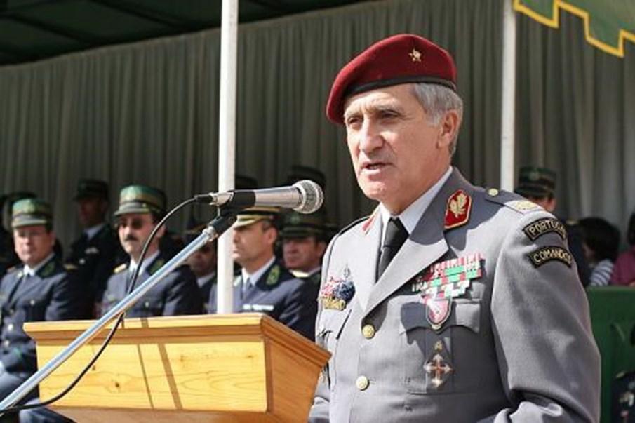 Resultado de imagem para Tenente-General Carlos Mourato Nunes
