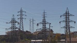 Apagão na Europa teve origem num grande incêndio em França que afetou rede elétrica