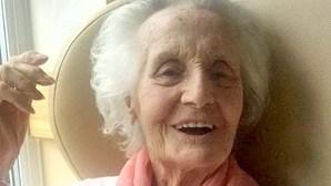 Neto mata avó de 94 anos à facada