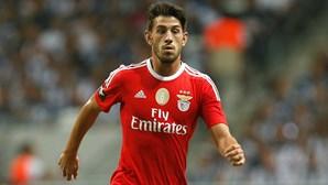 """Pizzi destaca """"irreverência"""" dos """"miúdos' e qualidade dos reforços do Benfica"""
