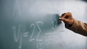 Governo rejeita para já alterar aulas ou avaliações presenciais no ensino superior