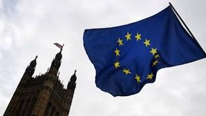 Metade dos britânicos deseja novo referendo sobre saída da UE