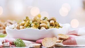 Receita: cogumelos estufados com o doce sabor da tâmara
