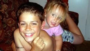 Adolescente mata irmã de quatro anos para castigar a mãe