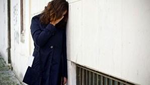 Jovem de 16 anos violada em floresta na Escócia