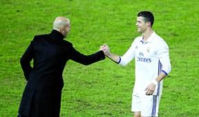 Zinedine Zidane, ex-treinador do Real Madrid e Cristiano Ronaldo