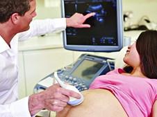 A incontinência urinária afeta muitas mulheres, com idades  entre os 45 e os 65 anos, o que pode estar relacionado com a gravidez e o parto