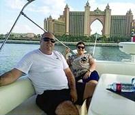 Georgina no Dubai