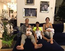 Georgina e Cristiano Ronaldo em família