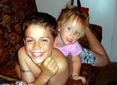 Rapaz de 13 anos mata irmã para castigar a mãe