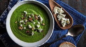 Creme de brócolos com queijo azul e avelã (receita na revista Sabe Bem nº41 p.20)