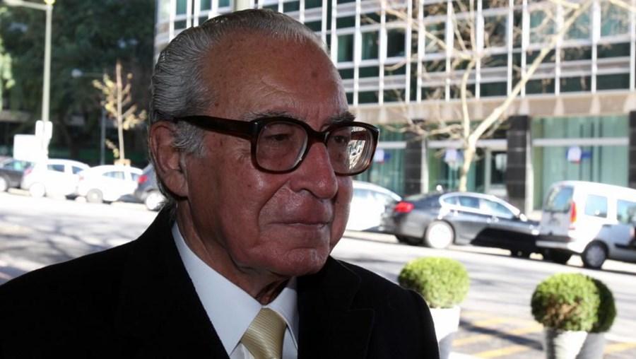 António Almeida Santos, antigo presidente da Assembleia da República, e marido de Margarida Areias Almeida Santos