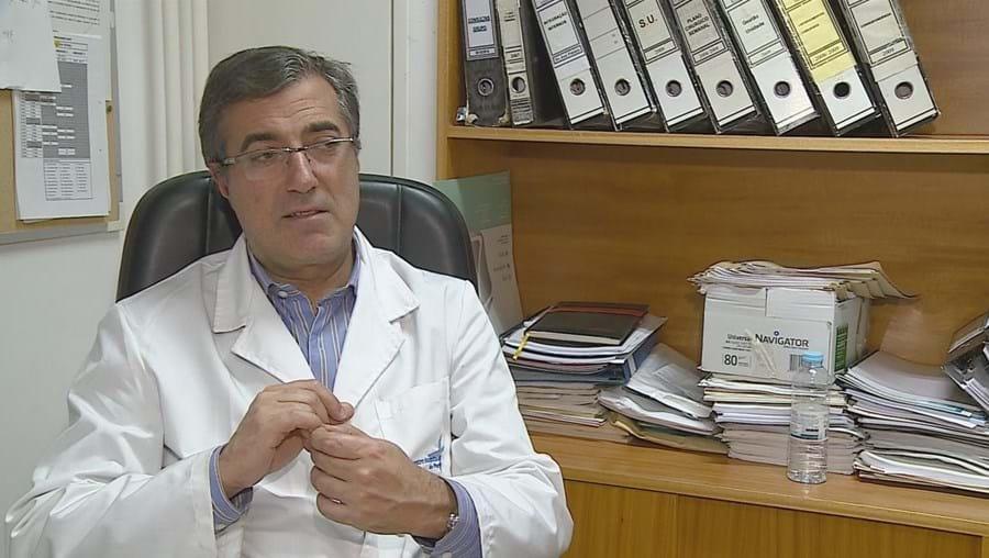 Abel Mesquita dirige serviço de Cirurgia Plástica do Centro Hospitalar do Porto, que integra o Centro Materno-Infantil