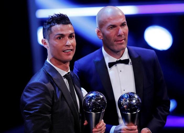 Zidane e Ronaldo premiados na Gala da FIFA