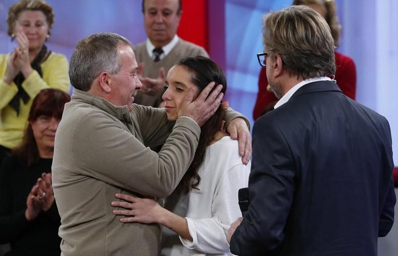 Jorge Ferreira abraçou em estúdio as sobrinhas que não conhecia