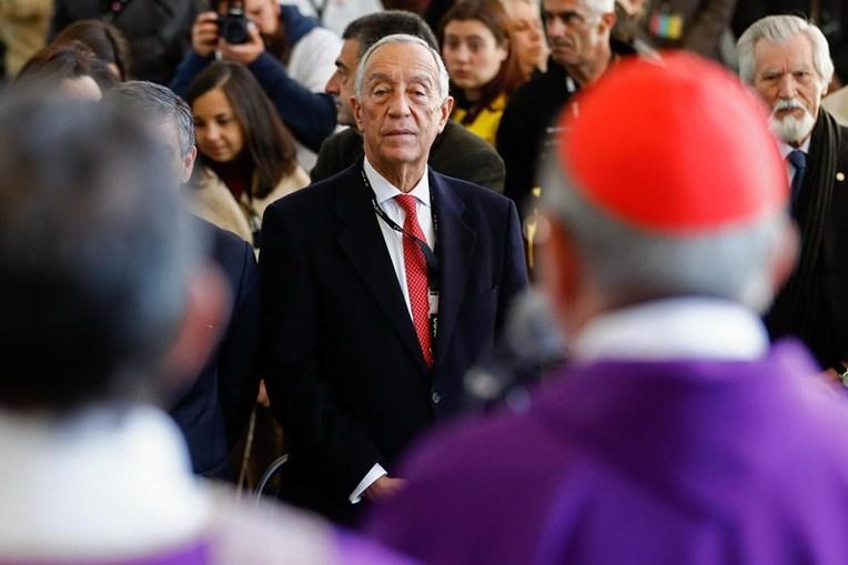 Marcelo Rebelo de Sousa durante a 29.ª Festa de Natal da Comunidade Vida e Paz, na cantina da Cidade Universitária, em Lisboa