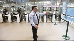 Aeroporto cobra 'entrada' a advogados