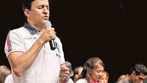 Bispo da IURD devolve criança adotada