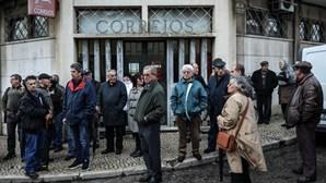 Autarca do Seixal juntou-se a protesto contra fecho dos CTT de Paio Pires