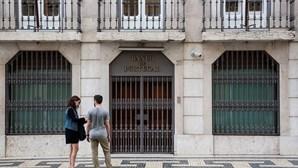 Banco de Portugal rejeita oferta de salmão fumado