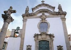 Capela do Cruzeiro foi erguida em 1747, nas ruínas de um antigo templo