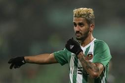 Rúben Ribeiro já está em Lisboa para reforçar o Sporting