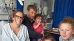 Mulher que achava ter apendicite dá à luz bebé 'surpresa'