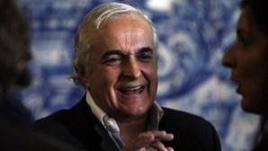 Férias de luxo e almoços de 500 euros tramam Rangel