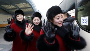 """Saiba quem são as """"cheerleaders"""" da Coreia do Norte"""
