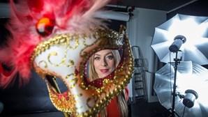 Carnaval visto por detrás das máscaras